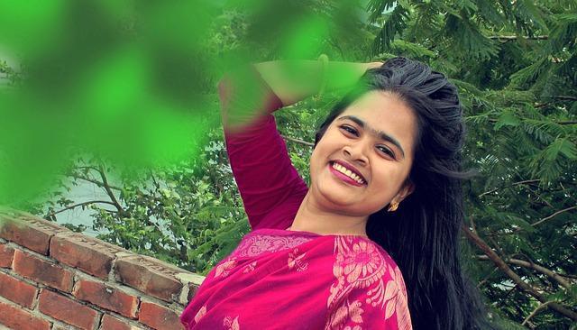 ফাগুনেরও মোহনায় মন মাতানো মহুয়ায় | Lyrics by BograDoi.Com